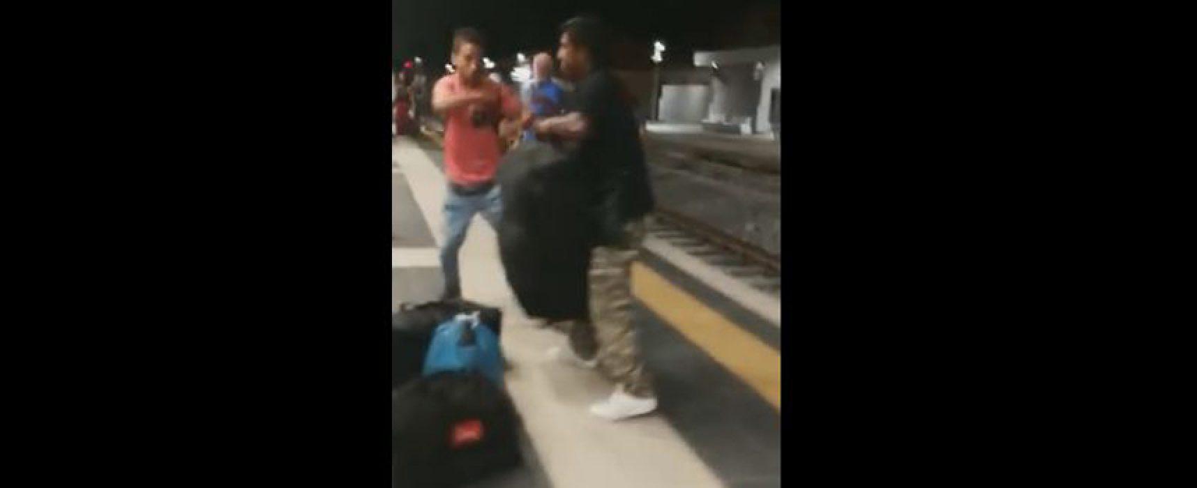 Rissa stazione, anche Giorgia Meloni condivide il video e stigmatizza l'episodio