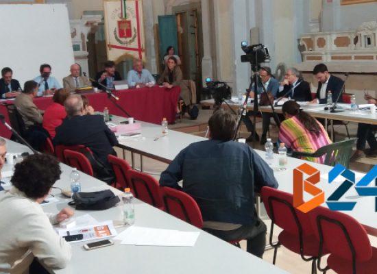 Consiglio comunale, approvato bilancio consolidato 2017 con il voto contrario dell'opposizione
