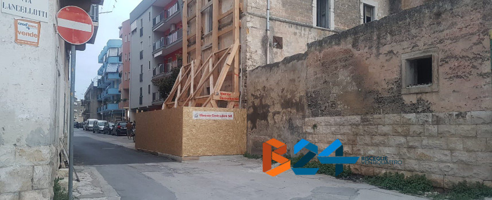 Riaperto il tratto di via Abate Bruni chiuso dopo il crollo di villa Lancellotti