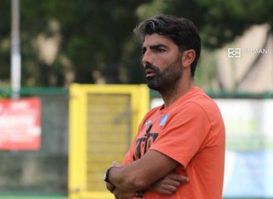 Mister De Francesco rassegna le dimissioni da tecnico dell'Unione Calcio