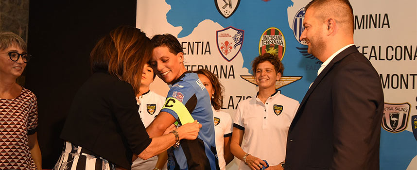 Esordio col botto per il Bisceglie Femminile, cinque gol al Woman Napoli