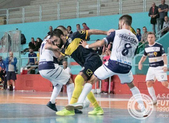 Futsal Bisceglie, quante recriminazioni! Al PalaDolmen passa il Cobà