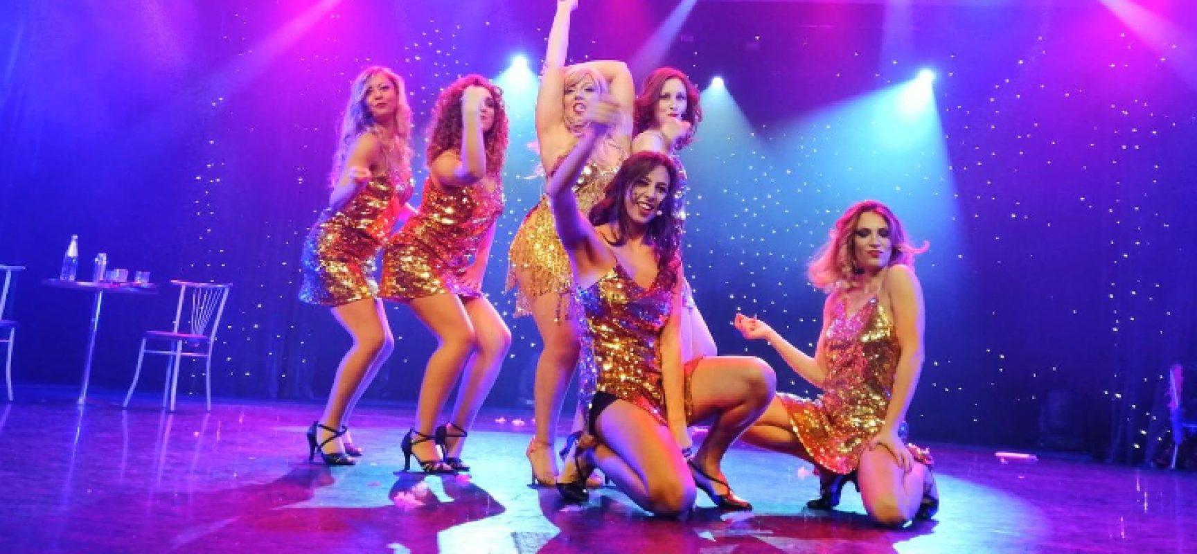 """Fagipamafra porta colori e musiche di """"Burlesque"""" sulla Costa Luminosa / FOTO"""