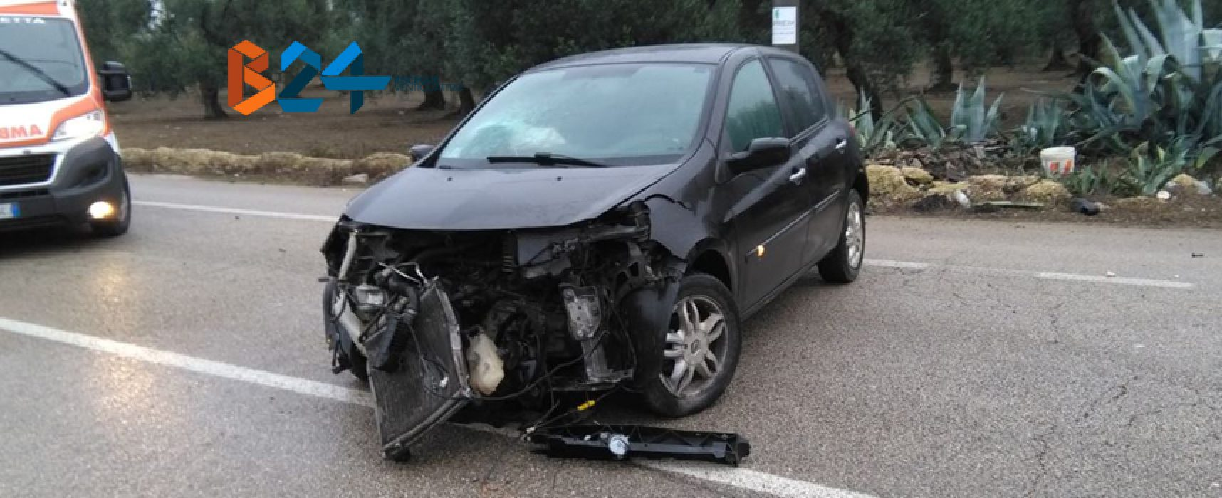 Auto si schianta contro muretto sulla Bisceglie-Andria, 33enne in ospedale