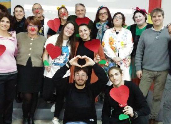 """Istituto Cosmai, alunni aderiscono a raccolta giocattoli promossa da """"Il treno del sorriso"""""""