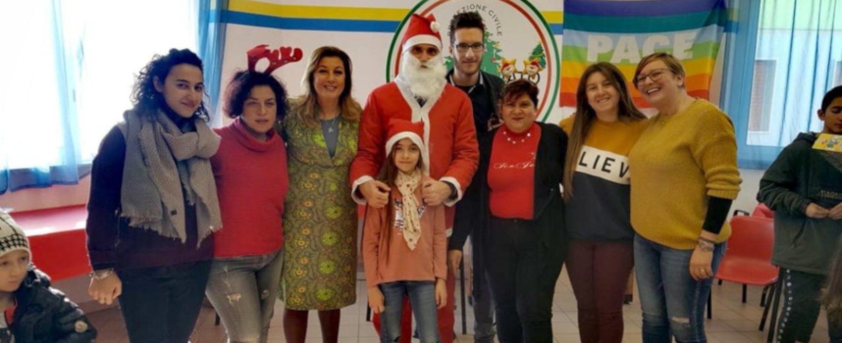 """Meetup 5 Stelle dona giochi ai bimbi, Galantino: """"Il futuro è nelle vostre mani"""" / FOTO"""