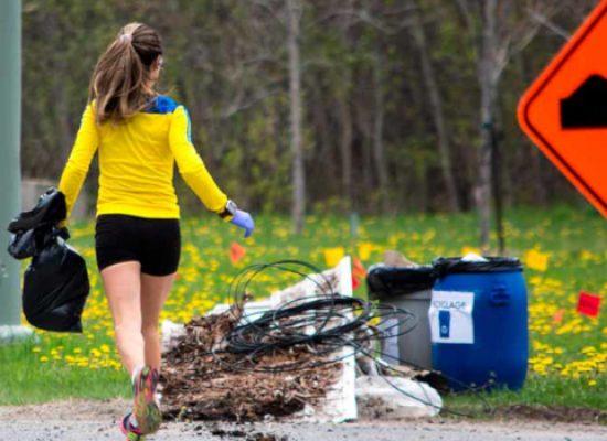 Pulire la città correndo con gilet gialli, iniziativa del parigino-biscegliese Nicolas Gentile