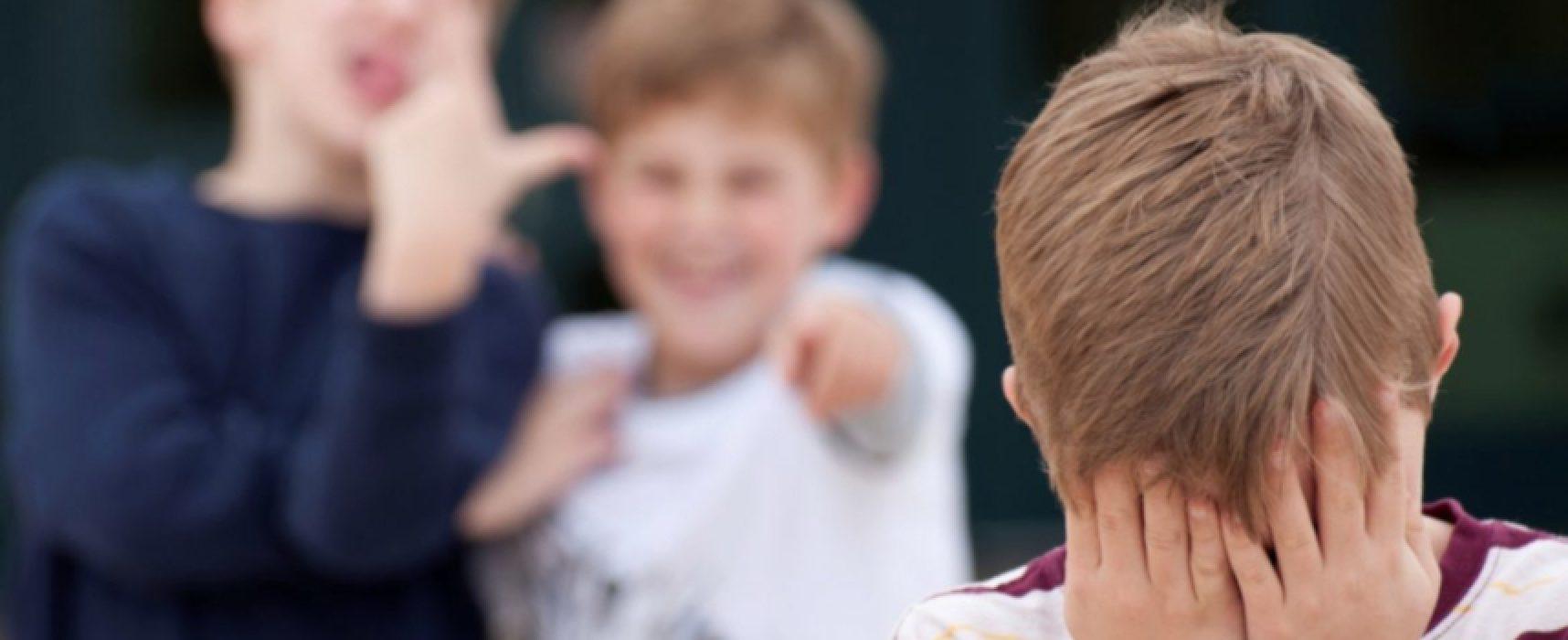 """Scuola """"Monterisi"""" elabora piano di prevenzione e contrasto a bullismo e cyberbullismo"""