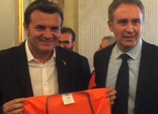 """Gilet arancioni dal Ministro Centinaio, l'assessore Di Gioia: """"Importante agire subito"""""""