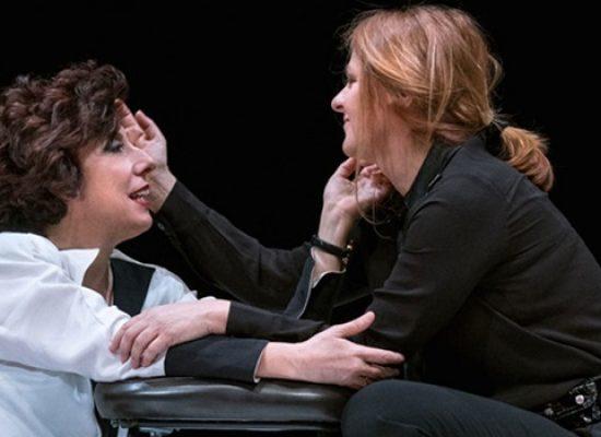 """Marina Massironi e Alessandra Faiella in scena al Politeama con """"Rosalyn"""""""