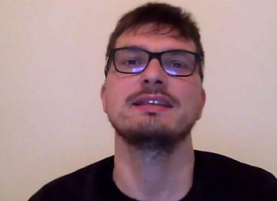 """""""Soldi"""" vincitrice a Sanremo diventa """"Polpi"""", la parodia realizzata da un biscegliese / VIDEO"""
