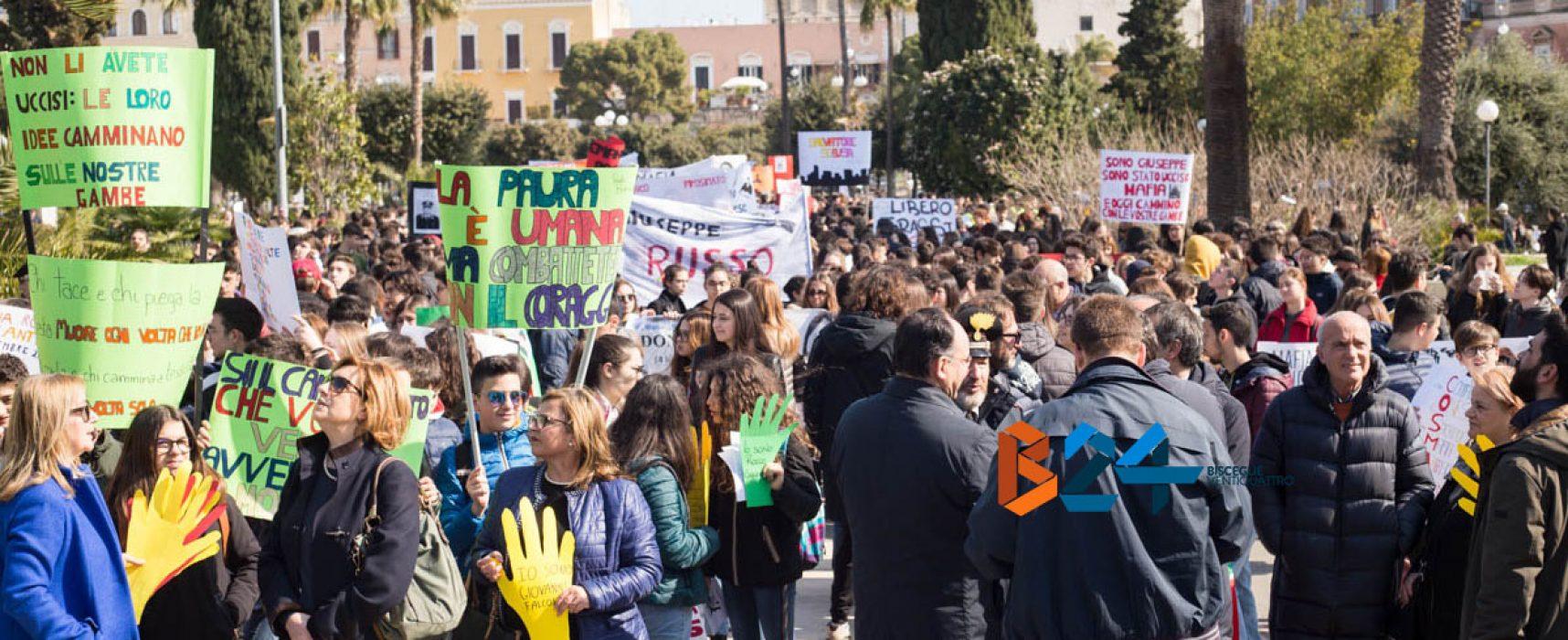 Giornata delle vittime delle mafie, in migliaia in piazza / FOTO
