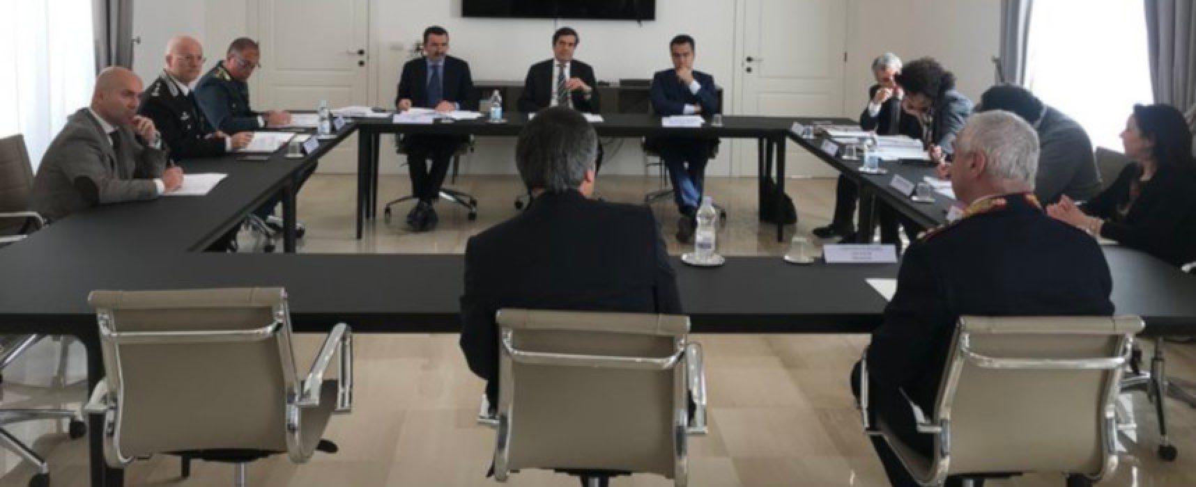 Prefettura: ieri 65 sanzioni, previsti Tavoli permanenti per ripartenza commercio e turismo