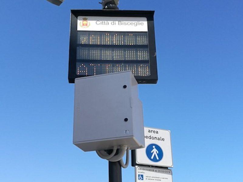 Via La Spiaggia, attivo da oggi il varco elettronico per zona pedonale / TUTTI I DETTAGLI