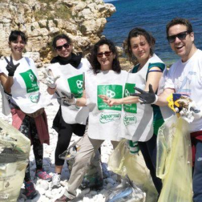 Spiaggia Ponte Lama, Legambiente Bisceglie e 3Place Andria raccolgono trenta bustoni di rifiuti
