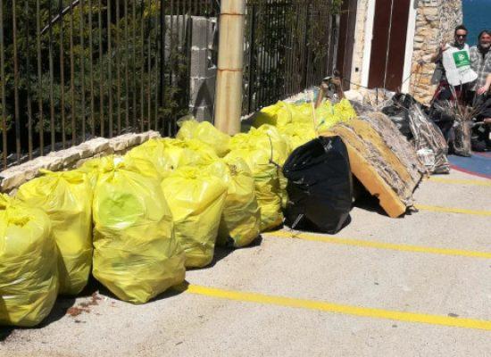 Pulizia spiaggia La Torretta, Pro Natura: raccolte 28 buste di plastica