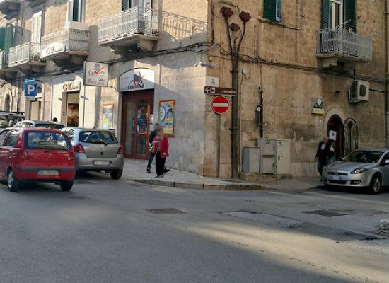 """Inversione senso di marcia via Porto, Consiglio: """"Funzionale a pedonalizzazione via Nazario Sauro"""""""