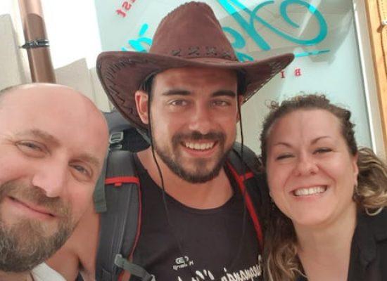 A piedi per l'Italia, Nazario Nesta fa tappa anche a Bisceglie nel suo viaggio di 8000km