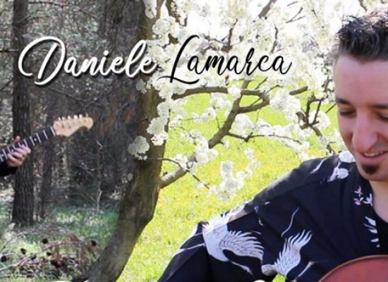 Il musicista Daniele Lamarca lancia il suo progetto musicale tra le bellezze biscegliesi