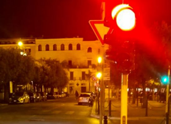 """Lampade led nei semafori a Bisceglie, Consiglio: """"Maggiore sicurezza e risparmio energetico"""""""