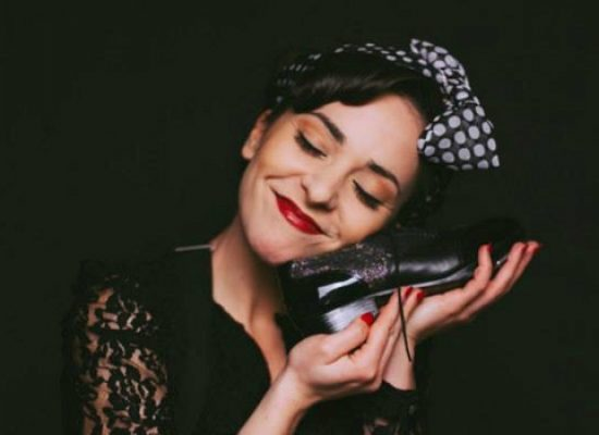 """""""Le petit Tap"""", la performer Anna Saragaglia ospite al Castello di Bisceglie"""