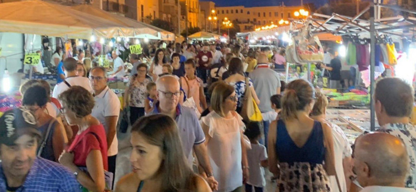 """""""Gustati lo Shopping"""", grande partecipazione per il mercato straordinario"""