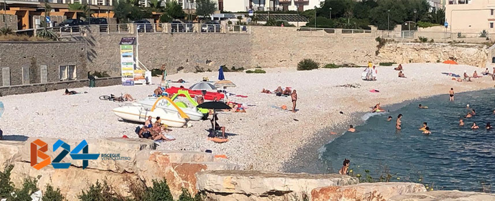 Turista accusa malore in spiaggia, soccorso da bagnino e trasportato in pronto soccorso