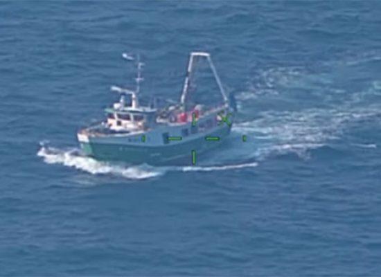 Motopeschereccio biscegliese fermato e multato durante battuta pesca a strascico