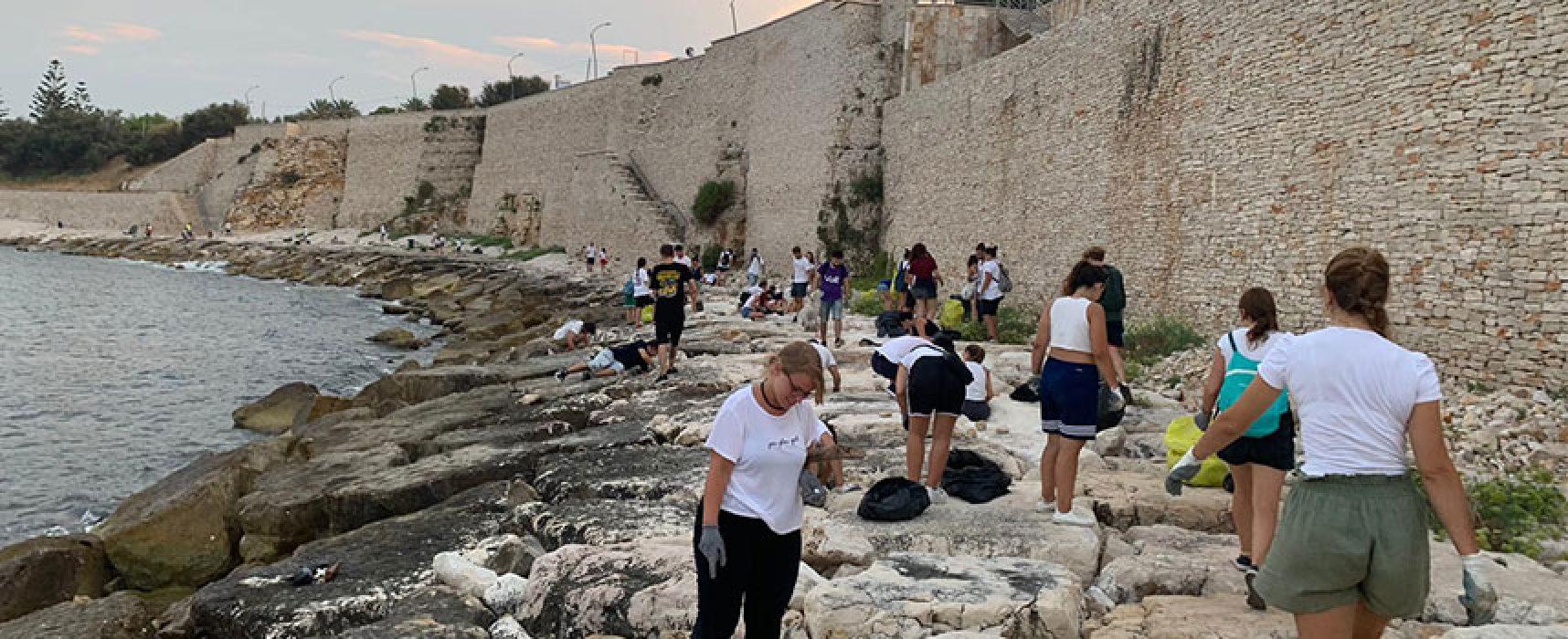 L'associazione Muvt si migliora, circa 70 volontari per la pulizia in zona Salsello / FOTO
