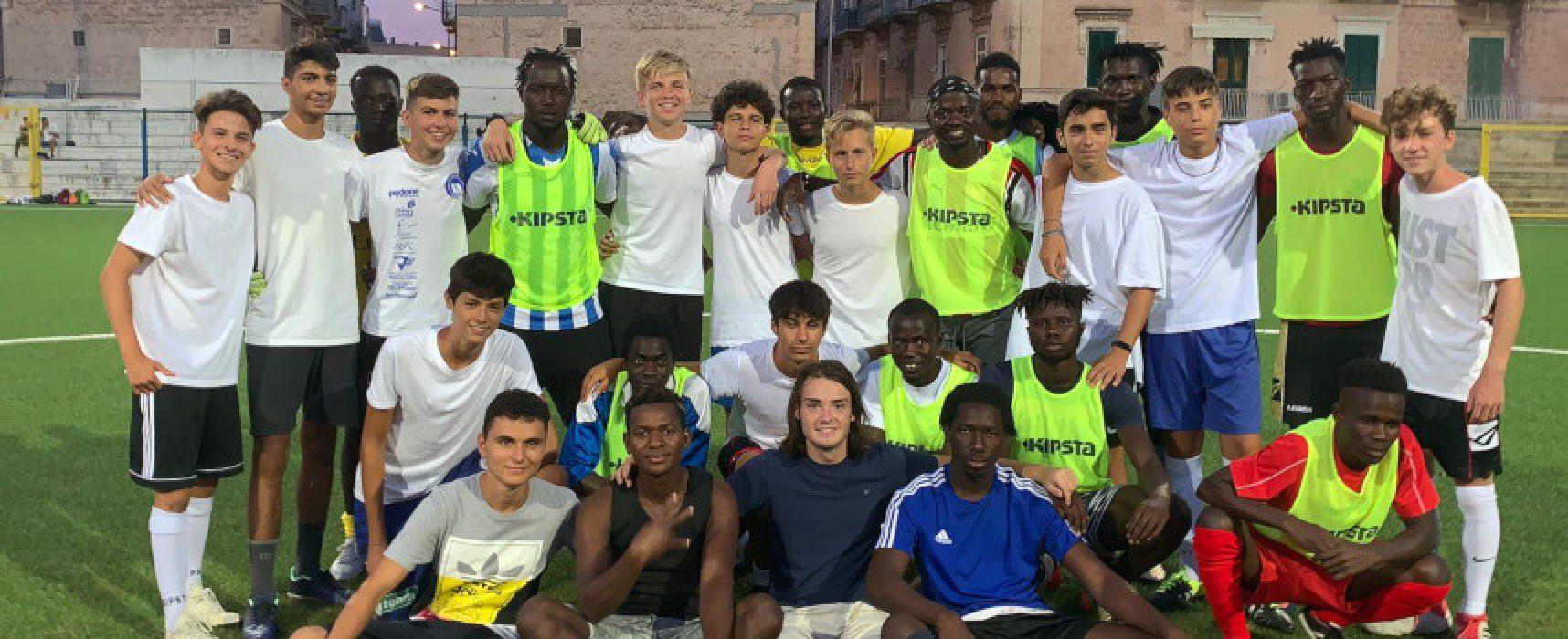 Bisceglie Illuminata, una partita di calcio per dire no al razzismo / FOTO