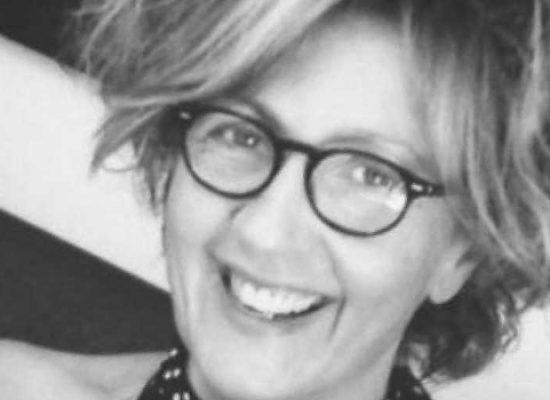 """Teresa Antonacci presenta """"La casa della domenica"""" alla libreria """"Prendi Luna"""""""