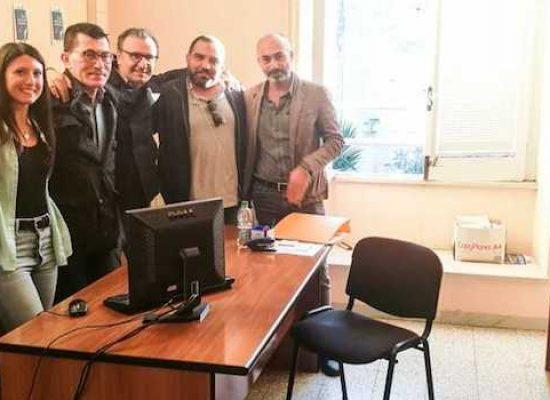 L'imprenditore Sinisi dona mobili per ufficio comunale destinato ad associazioni