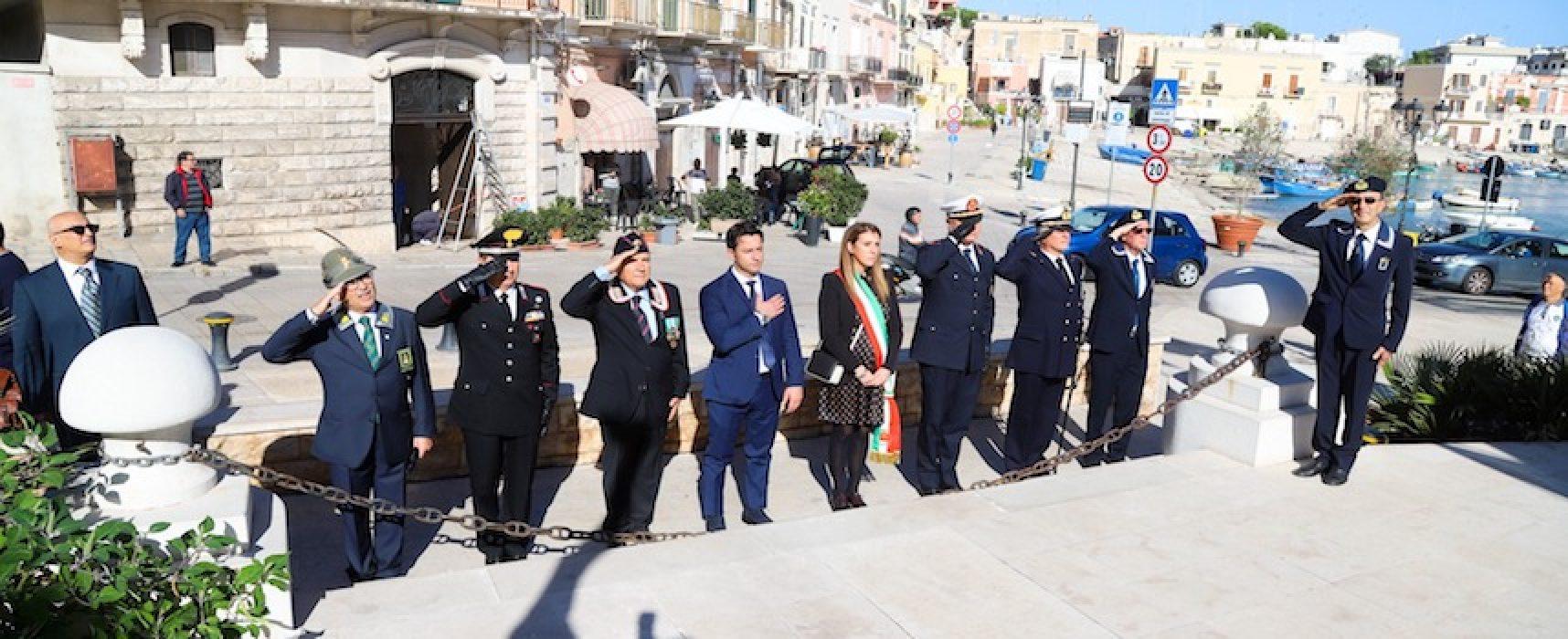 Bisceglie celebra la giornata dell'Unità Nazionale e delle Forze Armate / FOTO