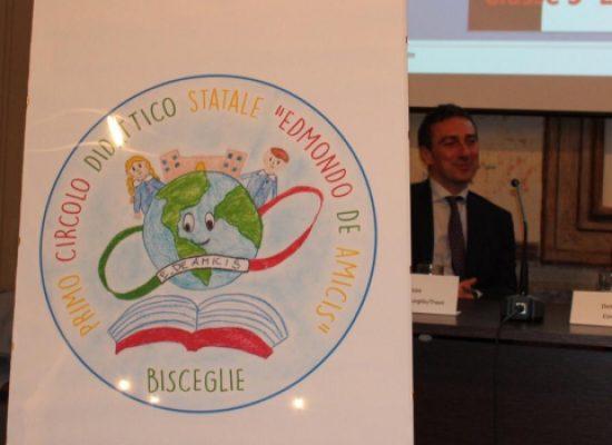 """La Scuola """"De Amicis"""" ha un logo: premiati gli alunni vincitori del concorso / FOTO"""