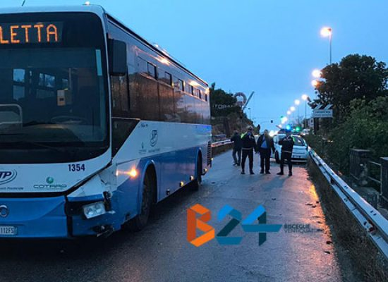 Incidente tra auto e pullman di linea sul Ponte Lama