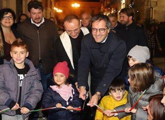 È cominciato il Natale nel Borgo Antico, oggi coro dell'Unitre e degustazione solidale