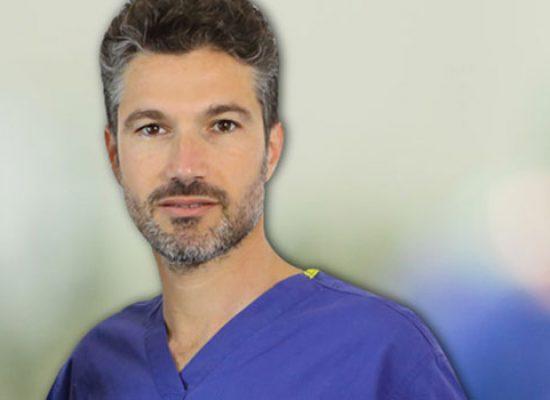 Il chirurgo plastico biscegliese Mauro Valente, protagonista in tv della rubrica di Mattino Cinque