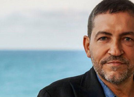 """Alessandro Piva a Bisceglie per il lancio del film """"Santa Subito"""""""