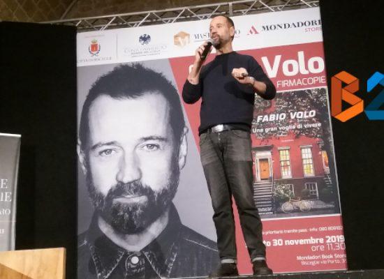 Fabio Volo incontra i suoi lettori alle Vecchie Segherie Mastrototaro / FOTO