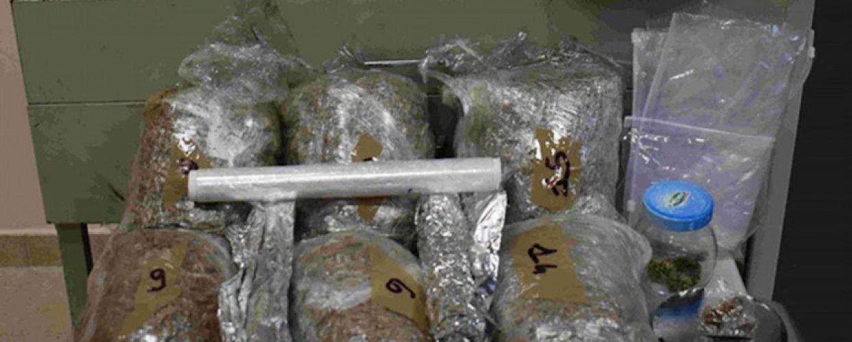 Arrestato pregiudicato biscegliese a Trani: 14 kg di marijuana e capi sportivi contraffatti
