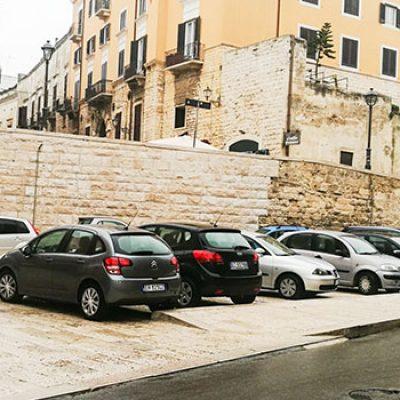 Completati lavori di riqualificazione ex cabina elettrica e parcheggio via La Marina
