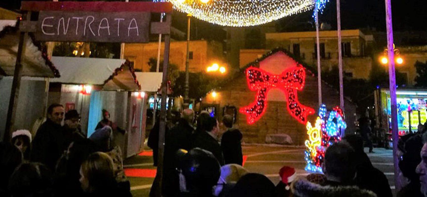 """Spina: """"Angarano inaugura le festività con la nuova tassa di Babbo Natale"""""""