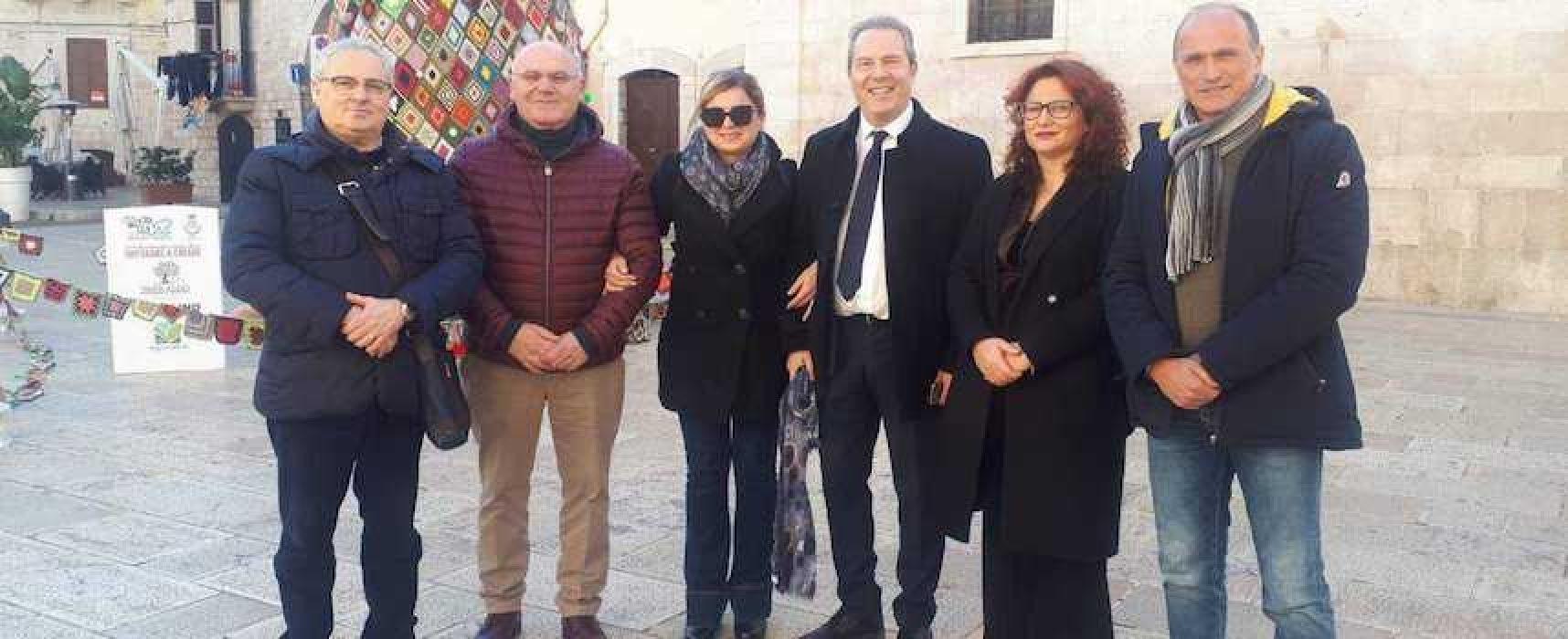 """Conferenza stampa opposizioni davanti a Prefettura: """"Porre fine a scempio amministrativo"""""""