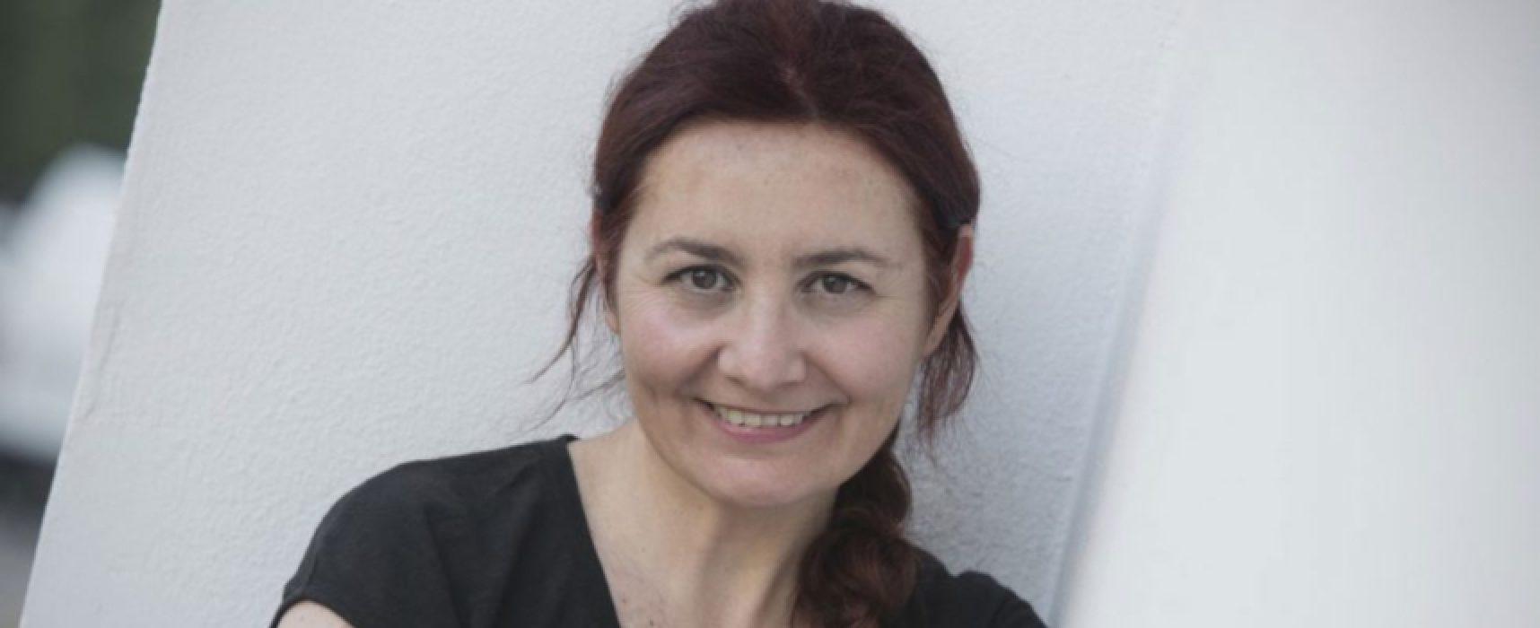 """""""Ascoltatori"""" di Susanna Tartaro apre il 2020 delle Vecchie Segherie Mastrototaro"""