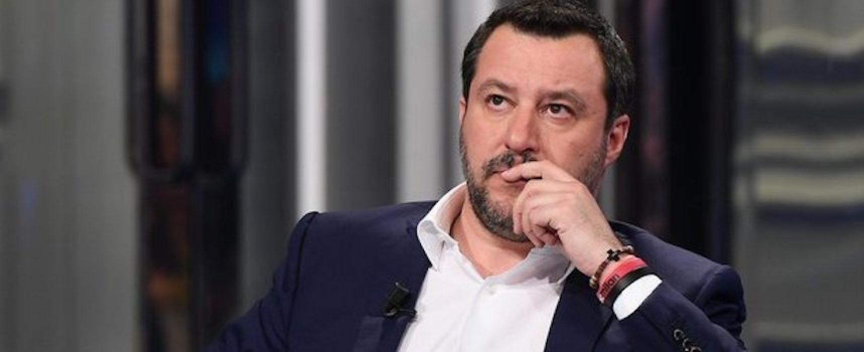 """Matteo Salvini si congratula con i ragazzi della """"Monterisi"""" per lettera contro Junior Cally"""