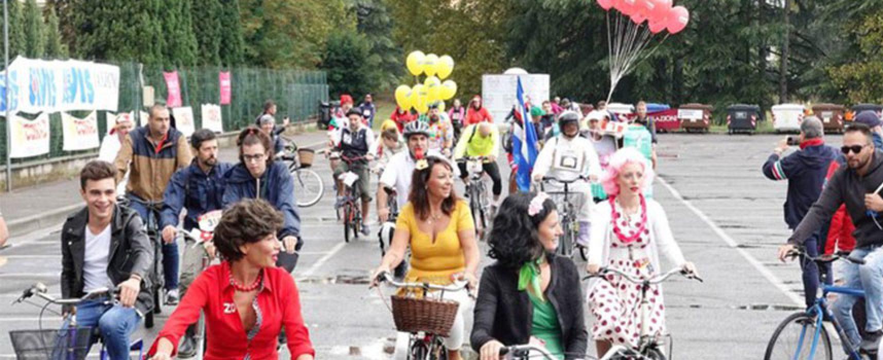 Biciliae, domenica in bici per una sfilata in maschera