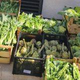 Controlli contro commercio abusivo, sequestrati prodotti agroalimentari in zona Corso Umberto