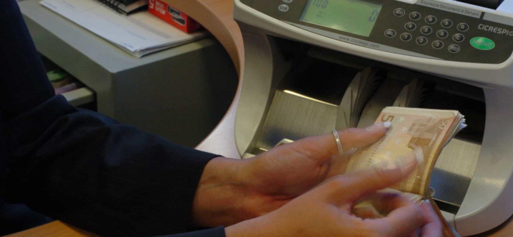 """First Cisl Puglia: """"Chiediamo chiusura immediata sportelli bancari per due settimane"""""""