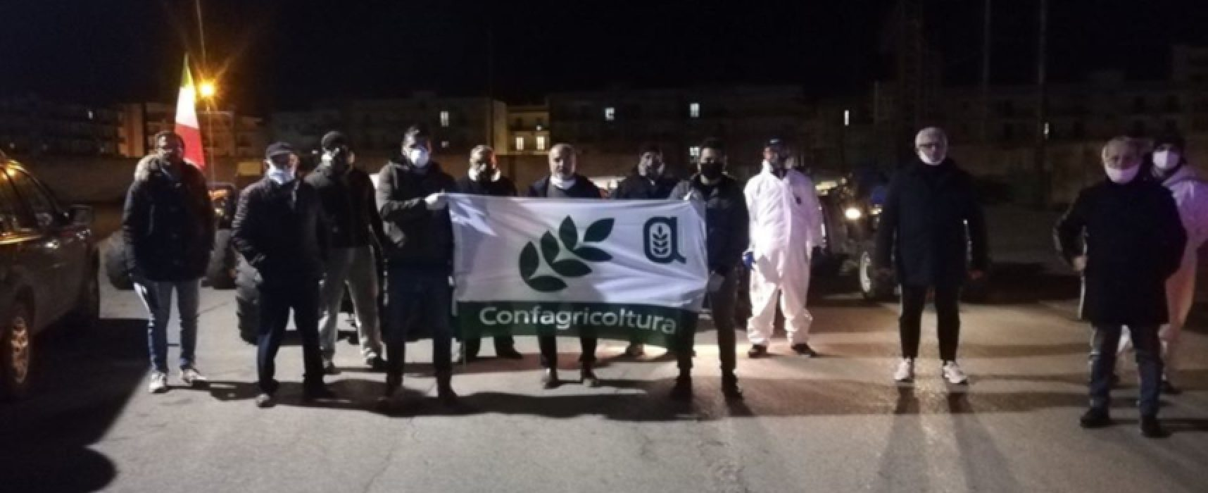 Coronavirus, FOTO e VIDEO della sanificazione del suolo delle strade cittadine