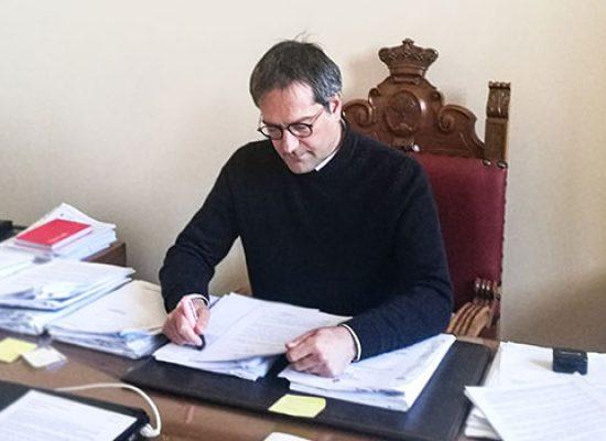 """Angarano: """"Anche oggi non ci sono nuovi contagi, grazie ad Emiliano 21mila mascherine a Bisceglie"""""""